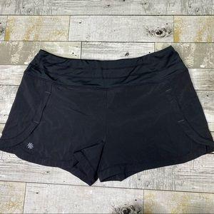 Athleta run free lined shorts